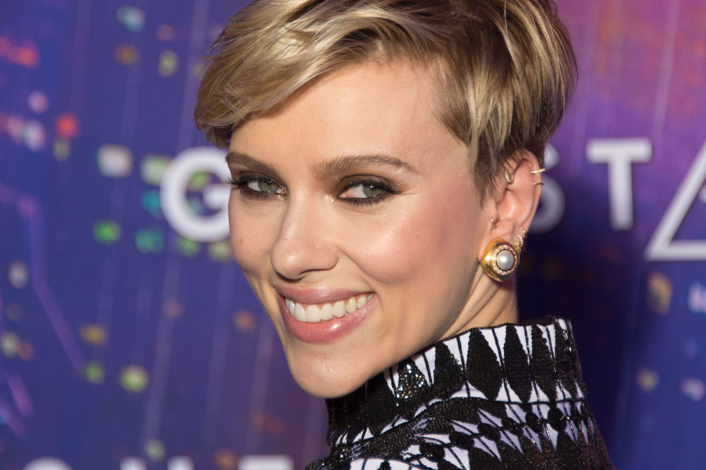 Scarlett Johansson wears a pair of ZOLOTAS earrings